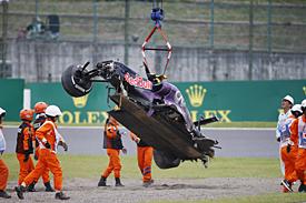 Daniil Kvyat, Red Bull, crash, Japanese GP 2015, Suzuka