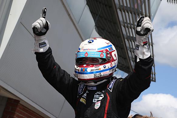 Jason Plato wins Oulton Park BTCC 2015