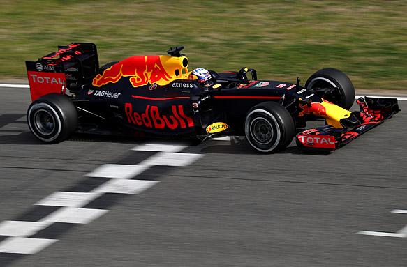 Daniel Ricciardo, Red Bull, F1 testing 2016