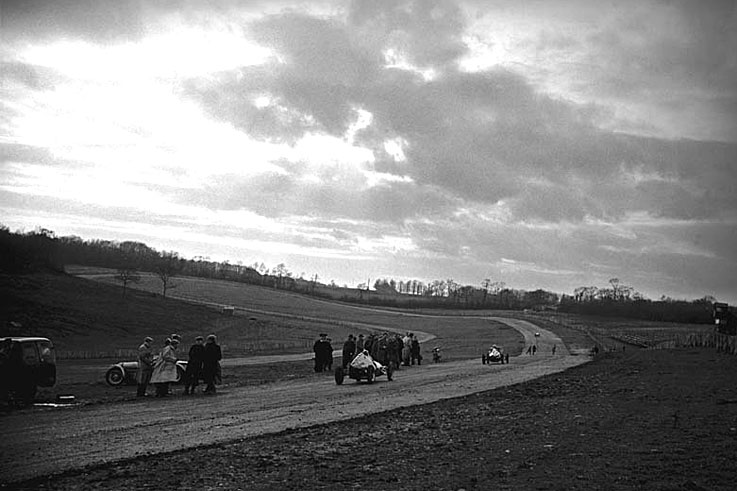 Brands Hatch circuit opens