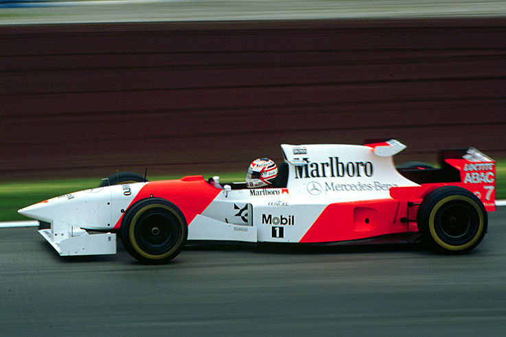 Nigel Mansell signs for McLaren but his comeback lasts just two races before he retires