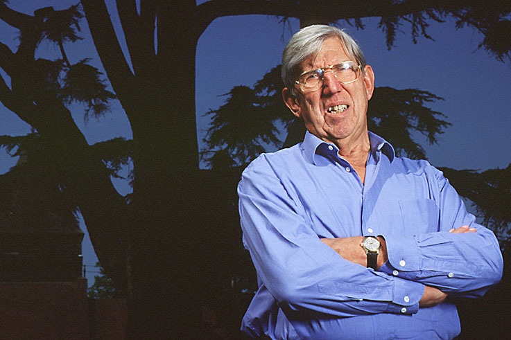 Ken Tyrrell dies of cancer aged 77
