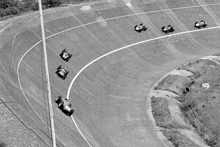 Tony Brooks leads Stirling Moss and Jack Brabham in the German GP at Avus