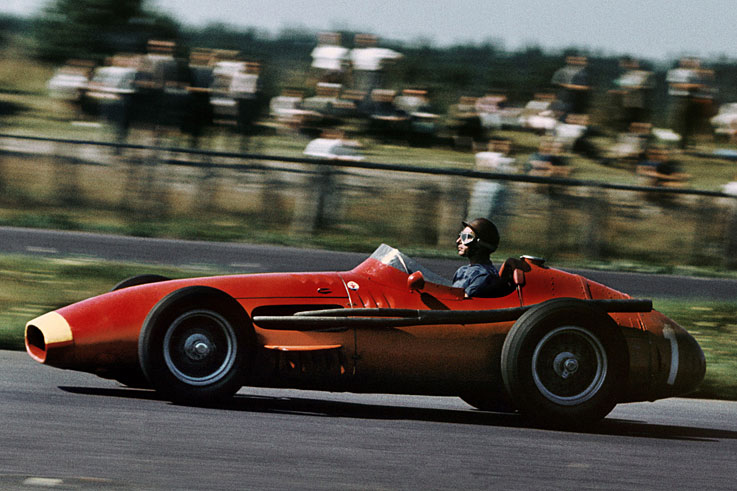 Juan Manuel Fangio clinches his fifth and final world drivers' championship