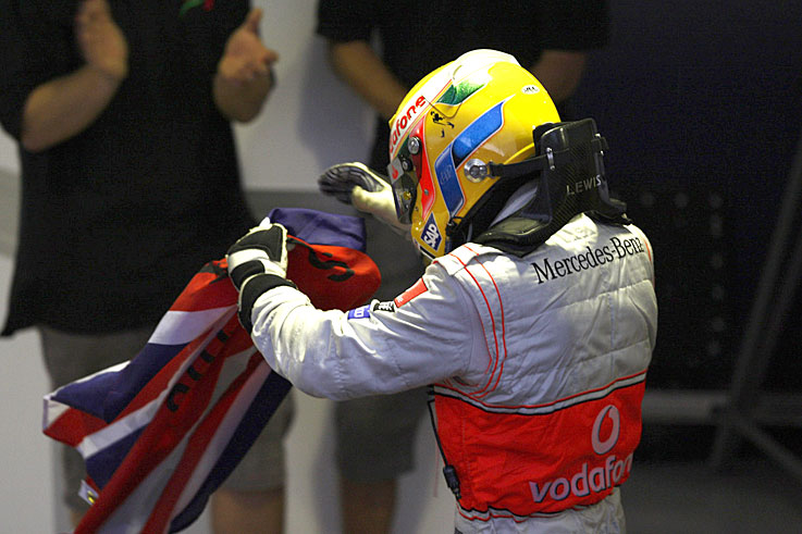 Lewis Hamilton wins the F1 world championship, which is decided on the last lap at Interlagos