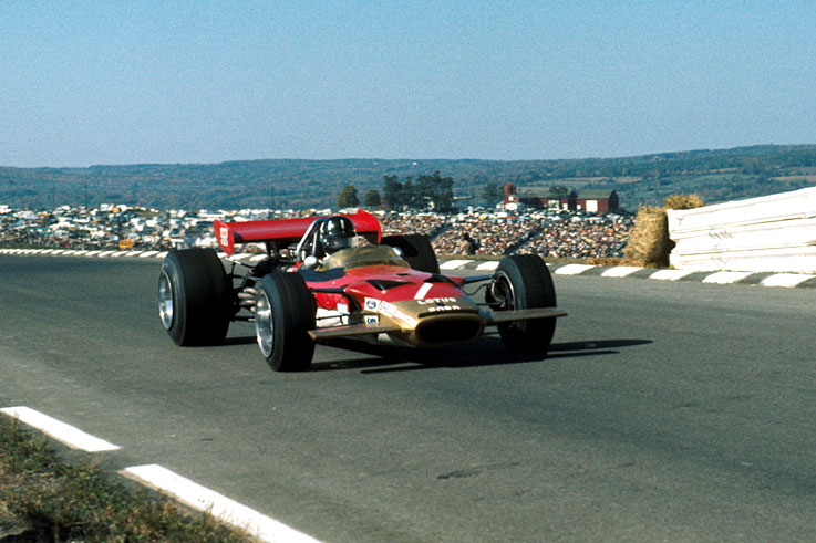 Graham Hill breaks his leg in a crash at Watkins Glen