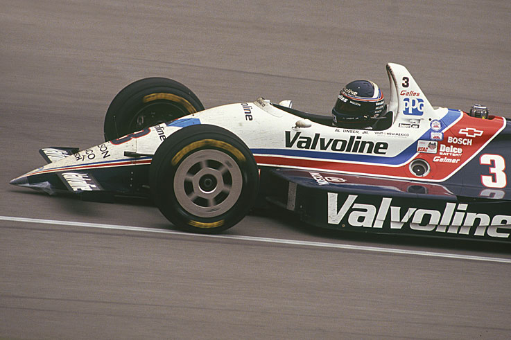 Al Unser Jr beats Scott Goodyear in the closest ever Indy 500 finish