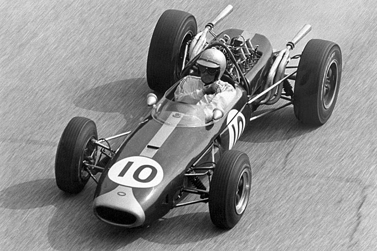 Jack Brabham becomes the first driver to win the world title in his own car