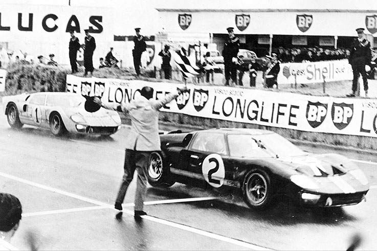 Chris Amon and Bruce McLaren win the closest Le Mans finish from Ford team-mates Denny Hulme and Ken Miles
