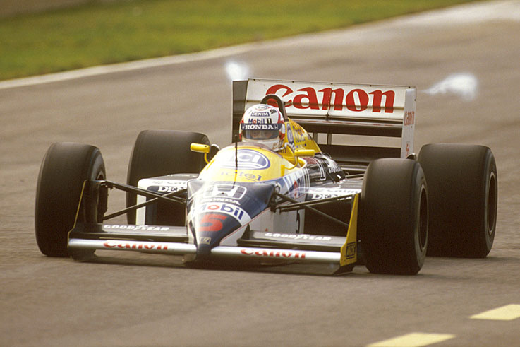 Nigel Mansell's title hopes end when he is injured in practice at Suzuka, confirming Nelson Piquet as champion