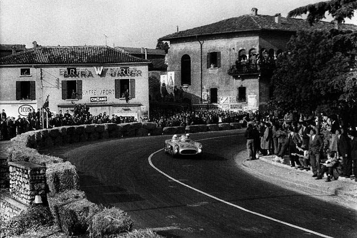 Stirling Moss and Denis Jenkinson win the fastest ever Mille Miglia