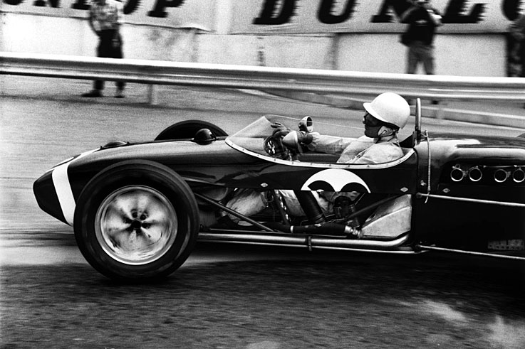 Stirling Moss scores his penultimate grand prix victory at Monaco