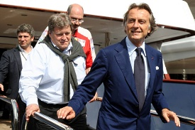 Luca di Montezemolo leaves the FOTA meeting on the boat of Flavio Briatore