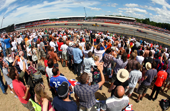 British grand prix crowd 2010